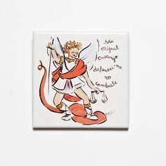 Azulejo decorativo São Miguel Arcanjo! #handmade #porcelana #porcelanadecorada #porcelanapersonalizada #decoração #decor #pintadoamão #feitoamão #brasil #brazil #lembrançadoBrasil #homedecor #porcelain #sãomiguelarcanjo #religião