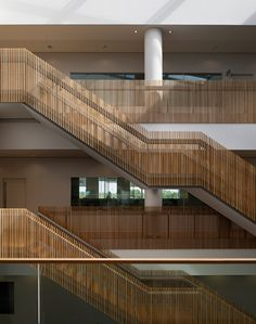 520-ericsson-ansty-park-coventry-stairs.jpg (378×480)