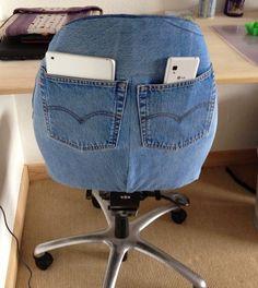 63 Ideias de Artesanato com Jeans Para Fazer em Casa Diy Jeans, Jean Crafts, Denim Crafts, Crafts To Make, Home Crafts, Sewing Hacks, Sewing Projects, Diy Projects, Denim Furniture