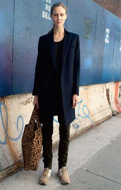 Der reduzierte Look: Die neue Einfachheit | annabelle (Foto: Imaxtree / Redaktion: Stephanie Zingg)