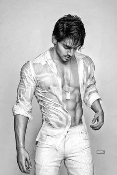 Sooraj Pancholi, son of Aditya Pancholi, is set to make his debut with superstar Salman Khan produced Bollywood movie, 'Hero'. Photogallery at Times of India Handsome Arab Men, Scruffy Men, Bollywood Actors, Bollywood Celebrities, Suraj Pancholi, Barefoot Men, Indian Man, Attractive Men, White Man