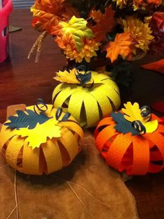 paper pumpkins - New Deko Sites Autumn Crafts, Fall Crafts For Kids, Thanksgiving Crafts, Diy For Kids, Holiday Crafts, Kids Crafts, Diy And Crafts, Paper Crafts, Holidays Halloween