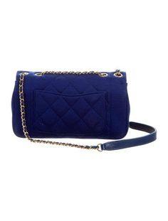1437a83cab63 11 Best Crocodile handbags images | Fashion handbags, Beige tote ...