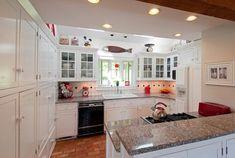 LIGHTING DESIGN Kitchen with several kinds of lighting