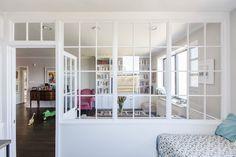 Living Room Kitchen Partition Interior Windows 17 Ideas For 2019 Glass Partition Designs, Glass Partition Wall, Glass Room Divider, Glass Wall Design, Interior Windows, Interior Walls, Interior Design, Living Room Kitchen Partition, Superior Room
