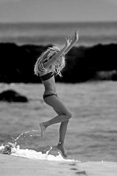 car girls, weight, the wave, beach babies, the ocean, motivation, at the beach, girl style, beach life