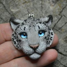 #polymer_clay #polymerclay #handmade #irbis #snowleopard #snowyleopard #snow #pendant #полимерная_глина #полимернаяглина #снежныйбарс #барс #ирбис #кулон  #ручнаяработа Polymer Clay Pendant, Fimo Clay, Polymer Clay Art, Polymer Clay Jewelry, Polymer Clay Creations, Polymer Clay Projects, Polymer Clay Tutorials, Polymer Clay Animals, Clay Design
