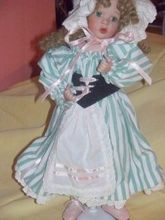 "Very nice ""Little Bo Peep"" doll, made by Wendy Lawton, good condition Porcelain Dolls For Sale, Little Bo Peep, The Ordinary, Harajuku, Nice, Shopping, Collection, Fashion, Moda"
