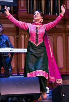 Designer Punjabi Suits, Indian Designer Outfits, Punjabi Fashion, Indian Fashion, Kurta Designs, Blouse Designs, All Black Dresses, Embroidery Suits Punjabi, Suits For Women