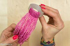 Mini-bonnets décoratifs en laine