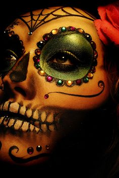 Día De Los Muertos (Day of the Dead) is a holiday celebrated in Mexico and by Mexican-Americans across the U.S. | 29 Breathtaking Día De Los Muertos Photos