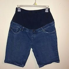 Maternity shorts Worn several times, but still in good condition Shorts