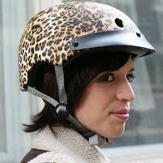 #Casque #vélo #Casquevélo Sawako Furuno Leopard, so british, so chic !