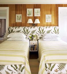 photo-Francesco-Langnese-bedroom-fern-headboard-tom-scheerer-fabric-Schumacher-Les-Fougeres