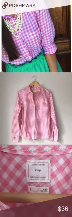 """GAP Pink Gingham Popover Shirt Adorable """"The Shrunken Boyfriend"""" pink Gingham Popover shirt by GAP. (Model is wearing standard shirt - not Popover). 100% cotton. Single left breast pocket. EUC. GAP Tops Button Down Shirts"""