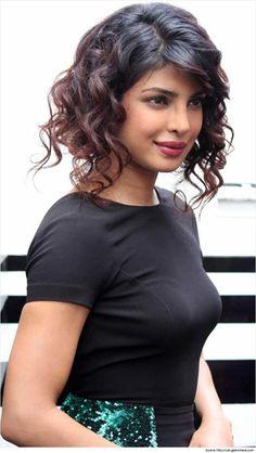 Bollywood Celebrity Priyanka Chopra Hairstyles & Haircuts,
