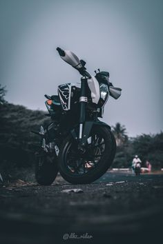 Blur Photo Background, Background Images For Editing, Black Background Images, Hd Wallpapers For Mobile, Car Wallpapers, Joker Wallpapers, Ktm Duke 200, Duke Bike, Ktm Motorcycles