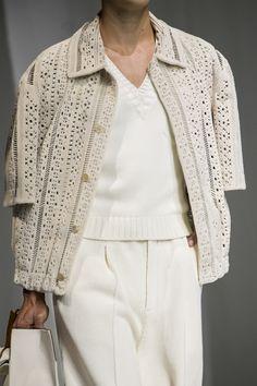 Fashion Now, Work Fashion, Womens Fashion, Fashion Design, Fendi, Milano Fashion Week, Milan Fashion, Fashion Trends, Fashion For Women Over 40