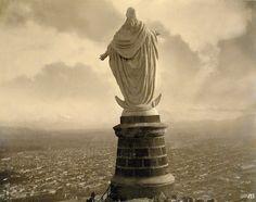 Virgen del Cerro San Cristóbal. Fotografía del año 1908 de Obder Heffer y de la Colección del Museo Histórico Nacional. amosantiago.cl