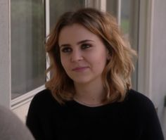 Mae Whitman playing Amber in Parenthood, I kind of really like her hair color here.  Darker root but more blonde at the end. hmmm