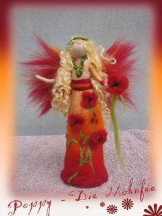 Poppy Flower fairy Waldorf inspired fairy doll wet por LivelySheep