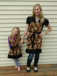 Animal Print Mother Daughter Apron Set Mommy and Me by NessasNest