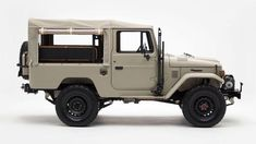 Every Detail of This Tastefully Adventurous Toyota Land Cruiser is Perfect Toyota 4x4, Off Road, Land Rover Defender, Toyota Land Cruiser, Be Perfect, Monster Trucks, Adventure, Vehicles, Detail