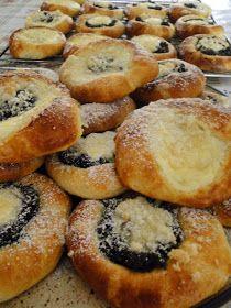 kudy-kam...: Koláčky bez kynutí č.2 Pan Dulce, Doughnut, Hamburger, Pancakes, Muffin, Keto, Sweets, Baking, Breakfast