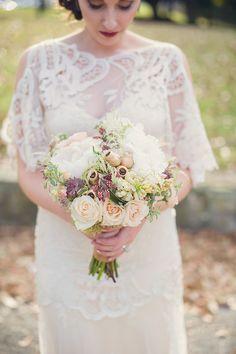 fall bouquet | Sun & Sparrow Photography | Glamour & Grace