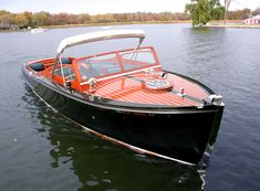 Chris Craft 29' Sportsman twin engine classic boat