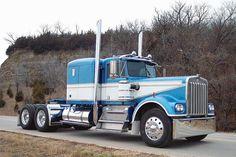 Kenworth Sad that this model is no longer made. Diesel Trucks, Farm Trucks, Big Rig Trucks, Old Trucks, Diesel Cars, Custom Big Rigs, Custom Trucks, Ranger, Train Truck