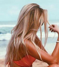 hair / hair color/ blonde and brown hair / highlights / long hair Summer Hairstyles, Pretty Hairstyles, Long Blonde Hairstyles, Latest Hairstyles, Hair Day, New Hair, Gorgeous Hair, Beautiful Beach, Hair Looks