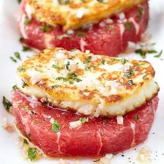 Grapefruit Rounds with Halloumi Cheese Recipe (just use salt papper cheese grapefruit and olive oil