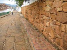 Sidewalk, Wood, Barichara, Rock, Woodwind Instrument, Side Walkway, Timber Wood, Walkway, Trees
