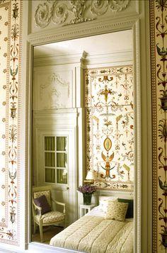 Beautiful Avignon Hotel La Mirande on Hello Lovely Studio. Beautiful Interiors, Colorful Interiors, Swedish Interiors, French Interiors, House Interiors, Chinoiserie Wallpaper, Wall Wallpaper, Decorating Small Spaces, Interior Decorating