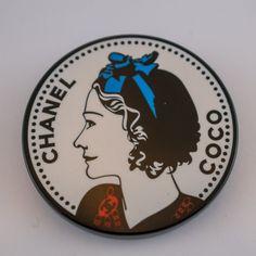 Chanel Brosche Vintage Vintage Chanel, Coco Chanel, Products, Chanel Brooch, Gadget