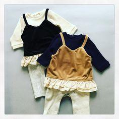 ベロアキャミのカバーオールバージョン✨お姉ちゃんとお揃いで着てもカワイイです😆 ベロアキャミフリルカバーオール 各¥3672 サイズ70,80 #petitmain #プティマイン #子供服 #babystyle #babywear #babyfashion #カバーオール