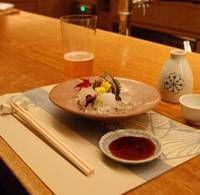 Rakushokushu Maru Maru serves up sashimi as fresh and beautifully presented as you could hope to find.