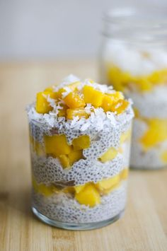 This healthy chia pudding recipe is perfect for breakfast, snack, or dessert! Chia seeds, coconut milk, mango, dates. What more could you want? // Live Eat Learn