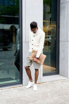 Just a nice combination. Minimal Fashion, Men's Fashion, Stan Smith Outfit, Man Clutch, Look Man, Beige Sweater, Well Dressed Men, Stylish Men, Types Of Fashion Styles