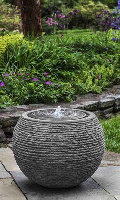 Urban Garden Design Sonora Large Fountain in Stone Ledge Fountains Outdoor, Backyard Garden, Large Backyard Landscaping, Luxury Garden, Concrete Fountains, Diy Garden, Backyard Water Feature, Water Features In The Garden, Contemporary Garden