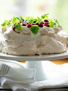 """Klasikinė Pavlova: tortas """"be kaltės"""". Beveik:) – Nidos receptai"""