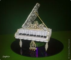 DIY ♥♥♥ quilled piano