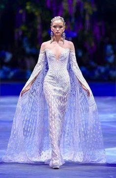 Michael Cinco, Fairy Makeup, Mermaid Makeup, Makeup Art, Purple Master Bedroom, Fantasy Hair, Fantasy Makeup, High Fashion Makeup, Full Length Gowns