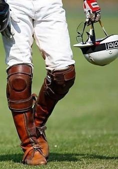Equestrian Equipments – Equestrian Equipments Tips Gaucho, Horse Riding Clothes, Riding Boots, Horse Mane Braids, Ivy League Style, Polo Team, Polo Match, Le Polo, Sport Of Kings