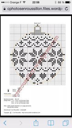 Xmas Cross Stitch, Cross Stitch Christmas Ornaments, Cross Stitch Cards, Christmas Embroidery, Christmas Cross, Cross Stitching, Cross Stitch Embroidery, Embroidery Patterns, Crochet Square Patterns
