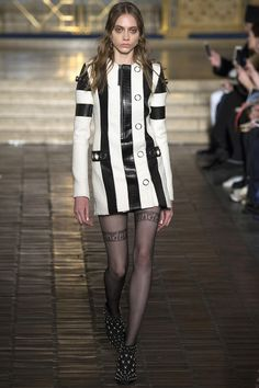 #AlexanderWang  #fashion  #Koshchenets     Alexander Wang Fall 2016 Ready-to-Wear Collection Photos - Vogue