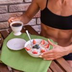 Dieta per aumentare la massa muscolare (senza ingrassare) Crop Tops, Fitness, Women, Sport, Blog, Planking, Spots On Face, Balanced Diet, Deporte