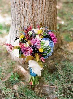 Wedding bouquets ideas for purple weddings