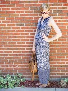 Navy summer maxi dress, postpartum dressing | TheMombot.com